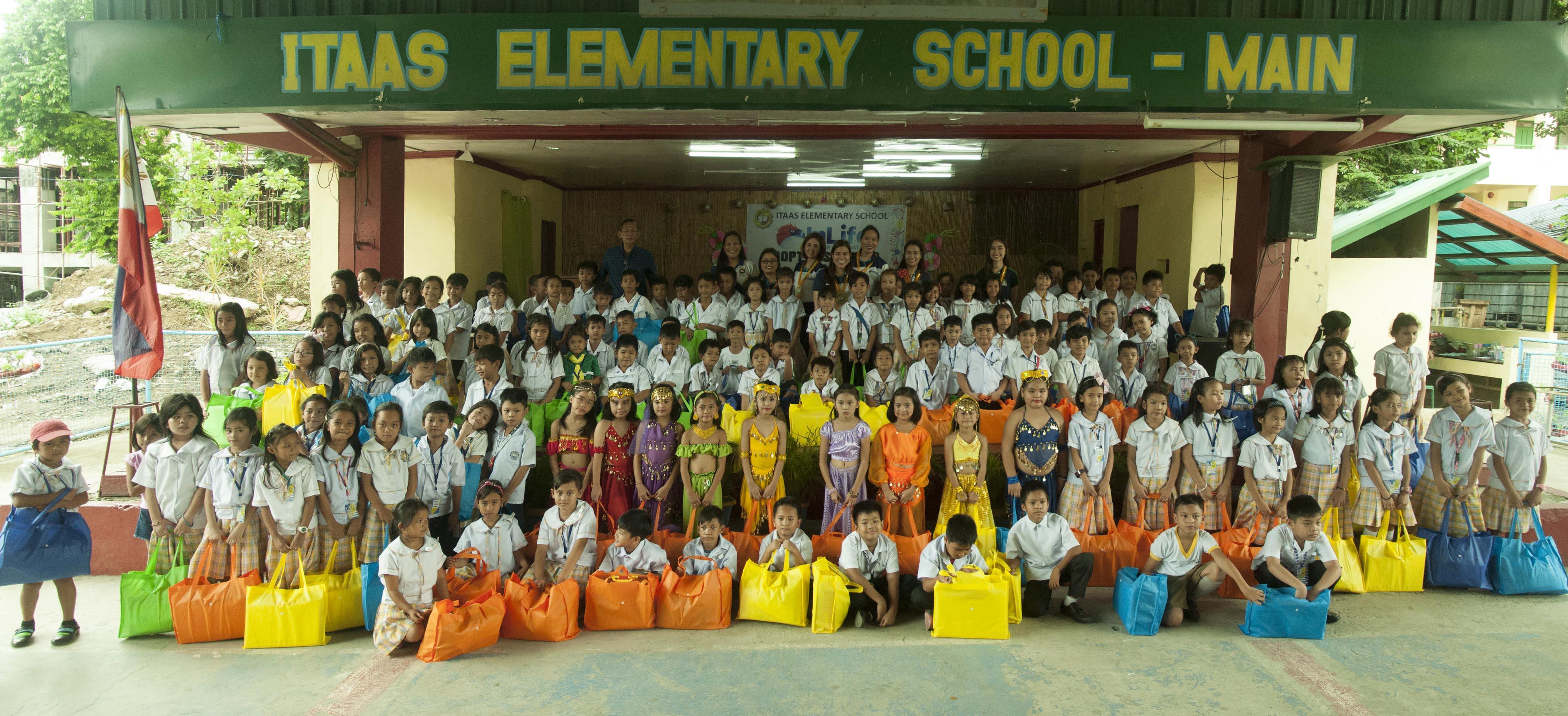 InLife Foundation Scholars Receive School Materials